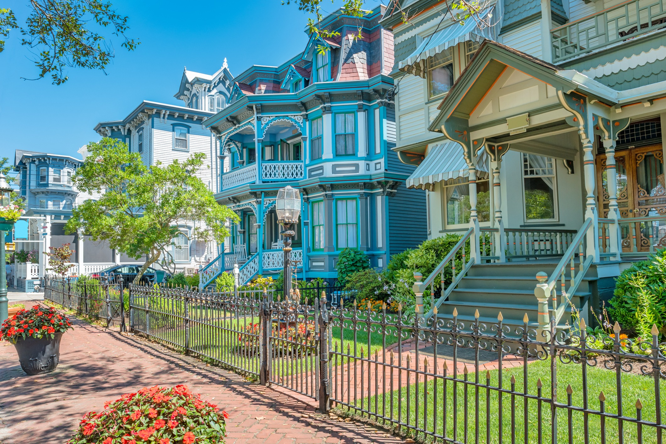 image of Victorian houses in Cape May